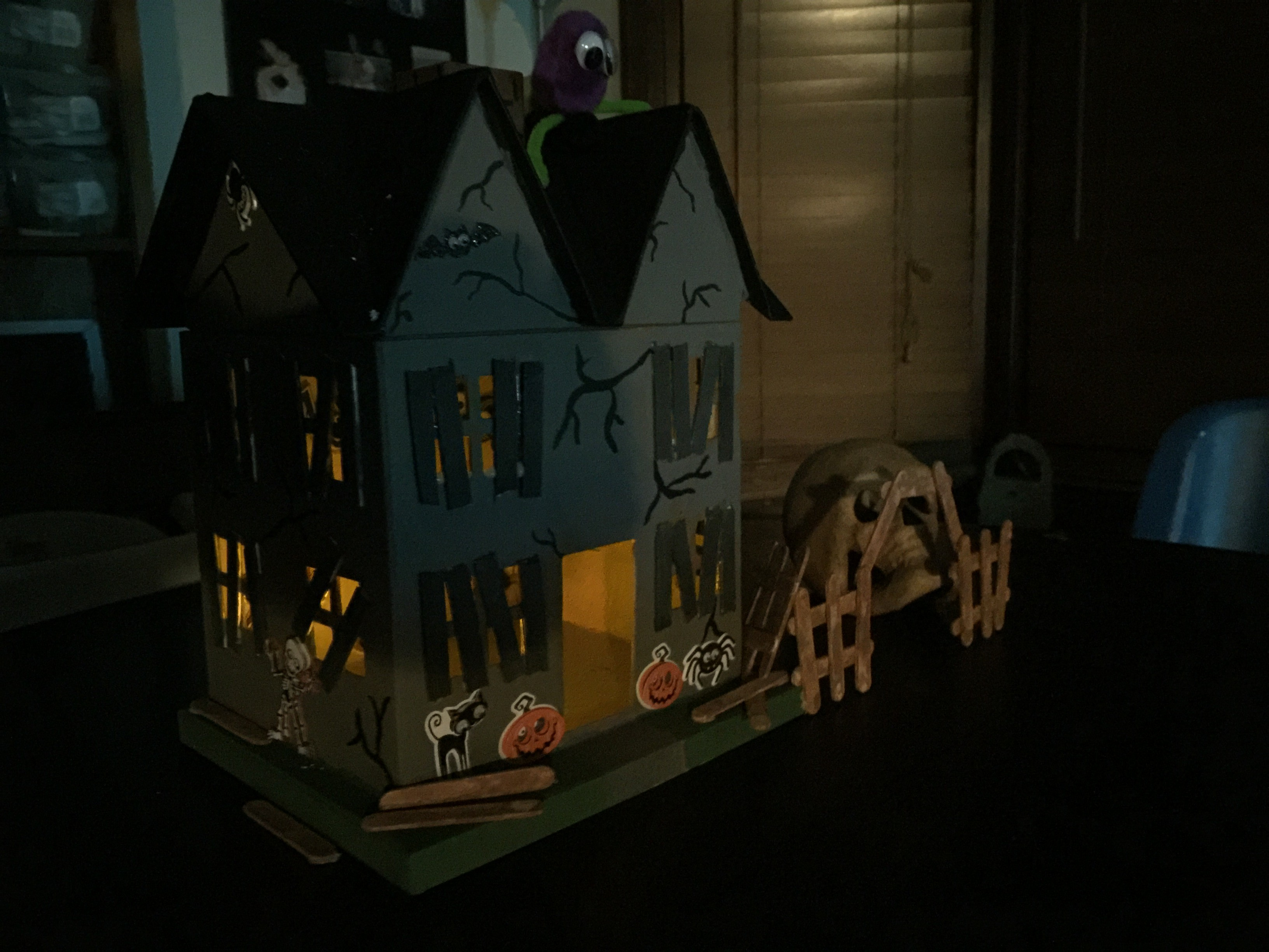A Crafty Halloween Haunted House